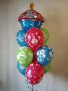 Dekoracja na urodziny dla smakosza tortów i słodyczy.