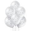Balony z helem i liczbą 25