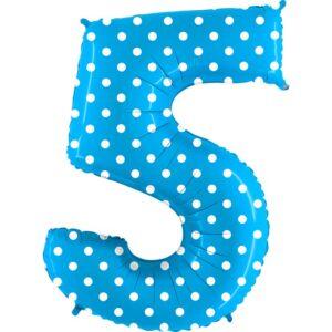 K0105. Balon foliowy w kształcie cyfry 5 w kolorze niebieski w białe grochy
